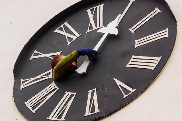 obnova hodinového stroje