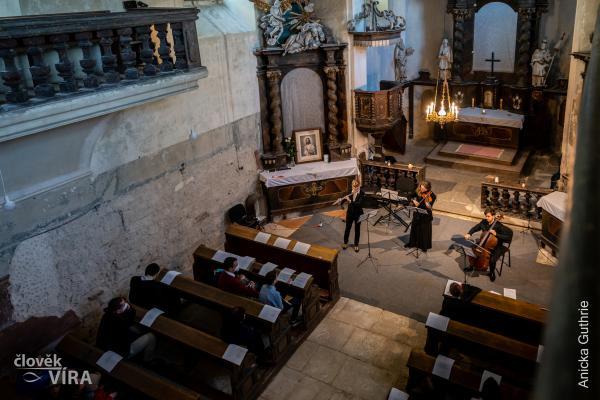 NOC KOSTELŮ 2021 – Kralupy a okolí – Zeměchy • Koncert komorní hudby
