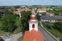 Praskačka, kostel Nejsvětější Trojice