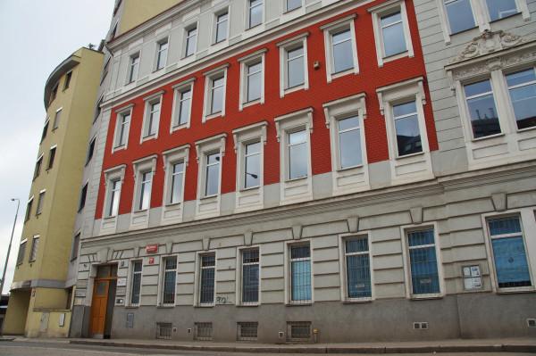 Budova 4.JPG