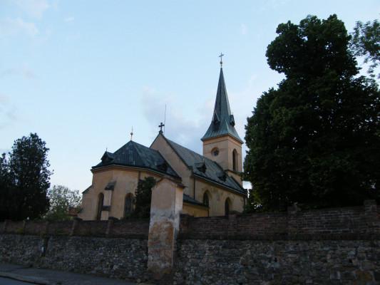 Kostel sv. Jiří Praha Hloubětín