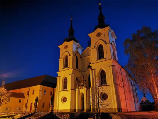 Opatský kostel Narození Panny Marie v Želivě