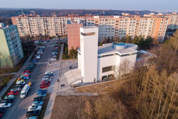 kostel Krista Spasitele, zprava.jpg / Autor fotografie: Jakub Šerých, Člověk a víra