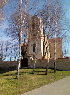 Kostel sv.Máří Magdaleny Chlumín / Kostel sv.Máří Magdaleny-pohled od západu