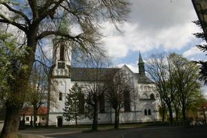 Praha-Čakovice, kostel sv. Remigia