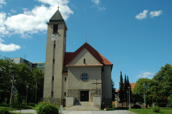 Brno-Starý Lískovec, kostel sv. Jana Nepomuckého